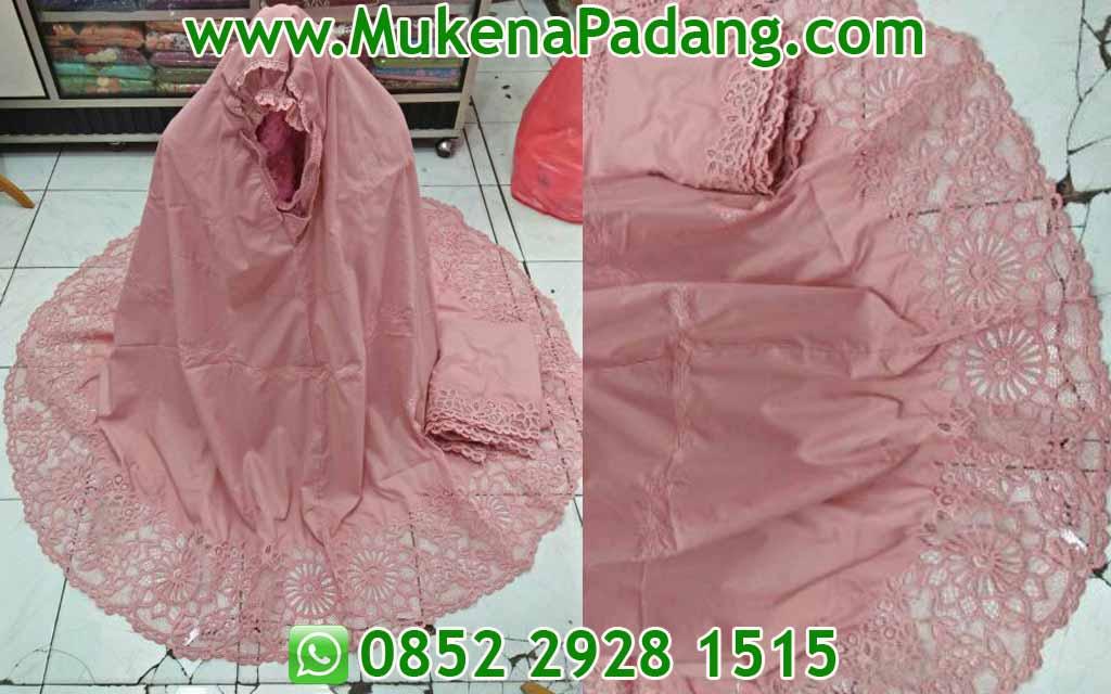 Mukena Katun Padang